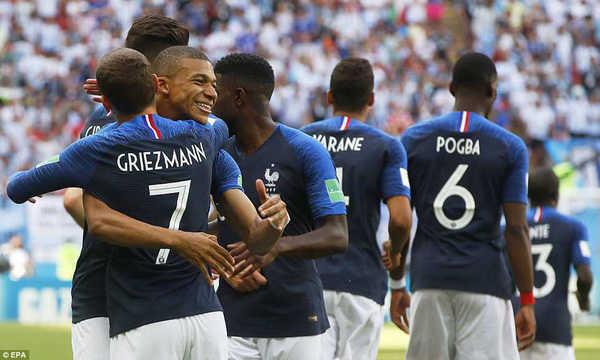 """BLV Quang Huy: """"Pháp và Uruguay xứng đáng giành chiến thắng"""""""