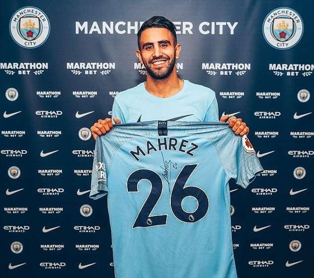 Bản hợp đồng kỷ lục trị giá tới 60 triệu bảng của Man City đã thuộc về Mahrez