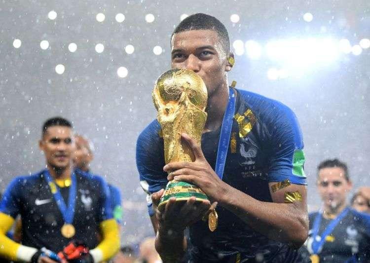 World Cup 2018 là bước đệm tuyệt vời cho sự nghiệp của chàng trai trẻ Kylian Mbappe