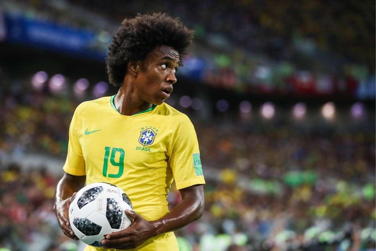Willian được Barca đưa đề nghị chuyển nhượng
