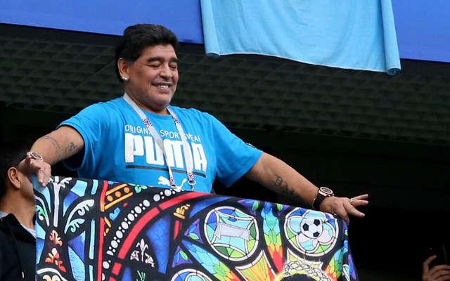 Maradona nói rằng ông sẽ huấn luyện Argentina mà không lấy một đồng thu nhập nào