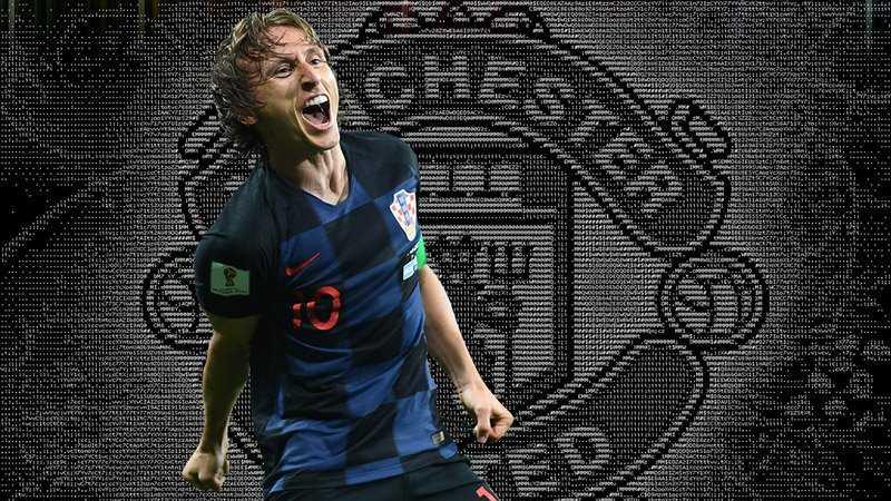 Modric chuẩn bị đến Man United. PSG sắp có Alex Sandro