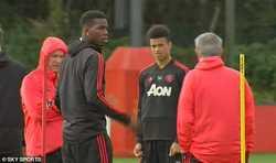 Tiết lộ lý do Mourinho nổi cáu với Pogba trên sân tập MU