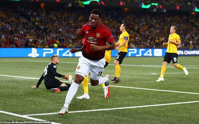 Martial ghi bàn trong trận đấu của Man Utd ở Champions League vào rạng sáng thứ 5 vừa qua
