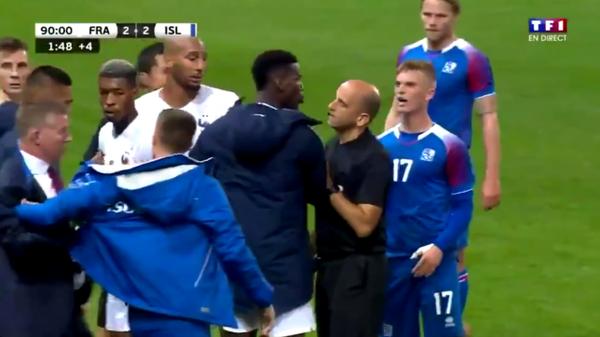 """Mbappe bị phạm lỗi ác ý, Pogba xông vào đòi """"tẩn"""" đối thủ"""