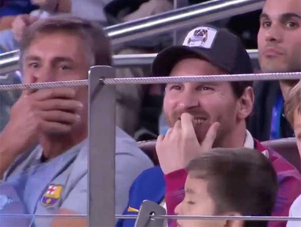 """Messi """"phát sốt"""" trước pha cản phá của Marcelo Brozovic"""
