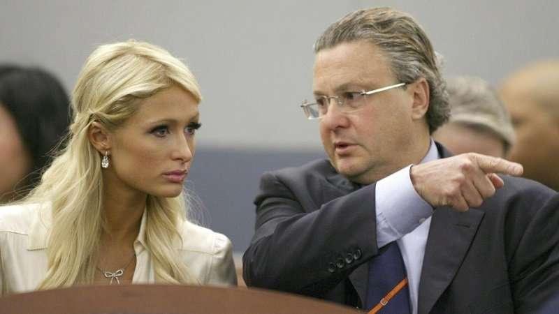 """David Chesnoff từng """"cãi"""" cho Paris Hilton"""