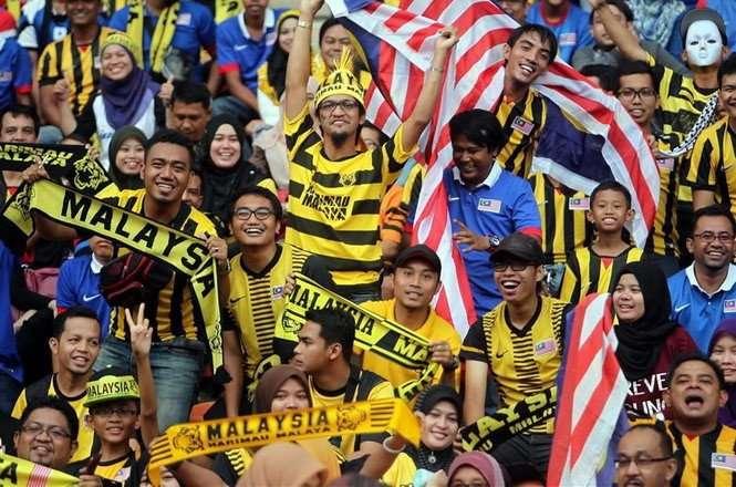 Tuyển Malaysia cùng các CĐV nước này được bảo vệ tốt nhất