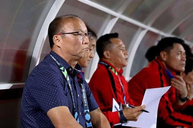 Thì ông lại tìm được đỉnh cao khi dẫn dắt đội tuyển Việt Nam