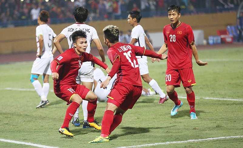 Quang Hải đang gây sốt ở vị trí tiền vệ trung tâm