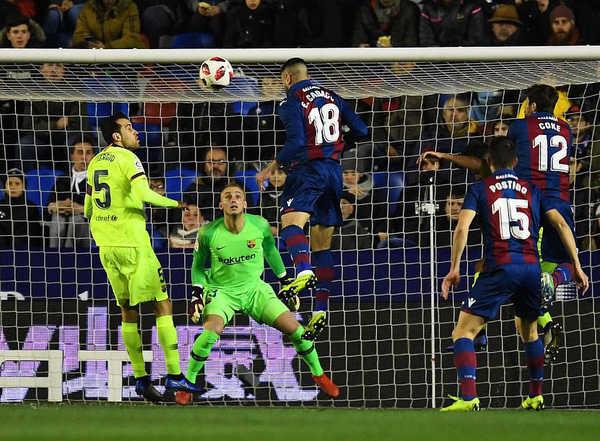 Barcelona thua sốc trước Levante ở Cúp Nhà Vua