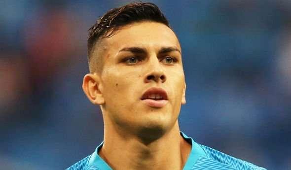 Paredes chính thức gia nhập PSG