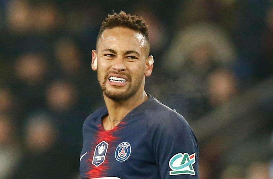 Neymar không thể tham dự trận lượt đi vòng knock-out với MU