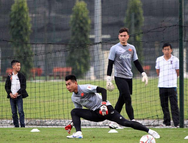 Văn Lâm nhiều khả năng sẽ là thủ môn số 1 tại Muangthong United