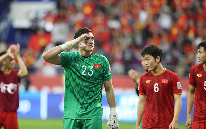 Đặng Văn Lâm có cơ hội phát triển sự nghiệp khi sang Thái Lan thi đấu