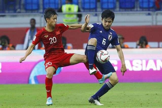 Phan Văn Đức và đồng đội đã chơi quả cảm trước Nhật Bản