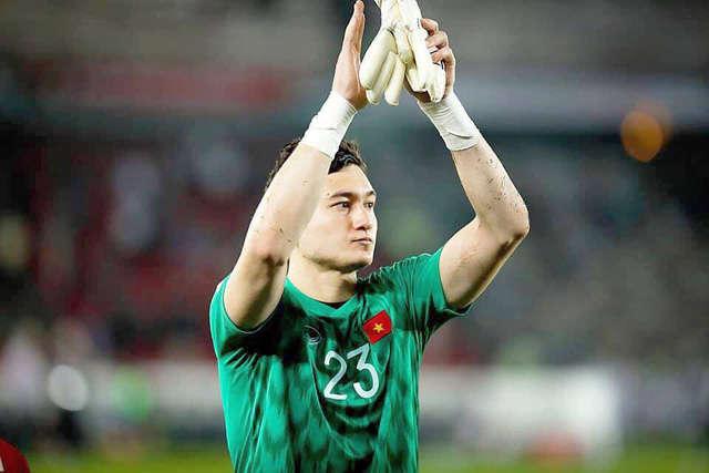 Văn Lâm tiếc nuối sau khi đội tuyển Việt Nam thua Iraq