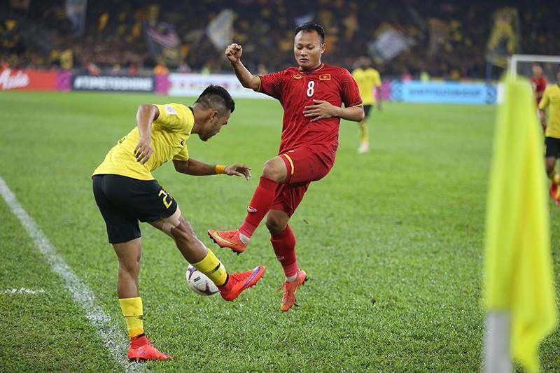 Trọng Hoàng tỏ ra rất hiệu quả bên hành lang phải của đội tuyển Việt Nam