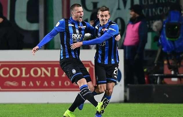 Niềm vui của các cầu thủ Atalanta với tấm vé bán kết Coppa Italia