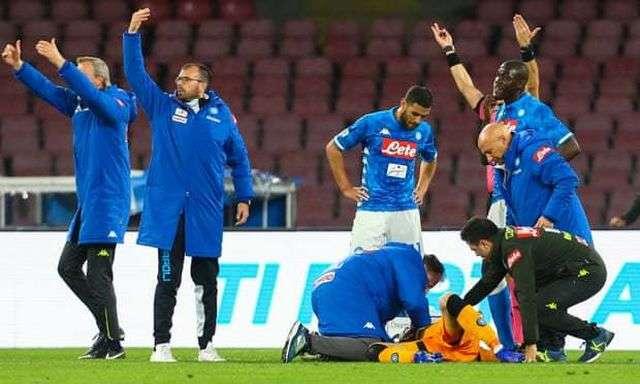 Ospina đã bị bất tỉnh trong trận đấu vào Chủ nhật vừa qua