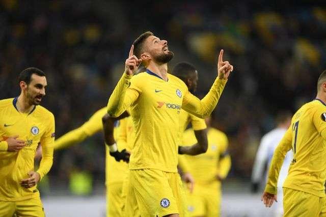 Giroud lập hat-trick giúp Chelsea hủy diệt Dynamo Kiev