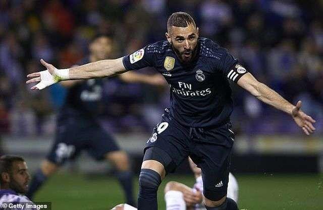 Benzema lấy lại cảm giác ghi bàn sau những trận đấu tệ hại