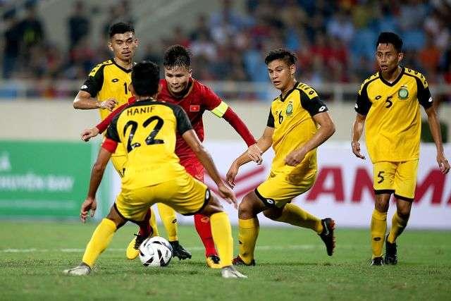 Quang Hải và đồng đội sẽ phải dốc sức ở hai trận đấu với Indonesia và Thái Lan sắp tới