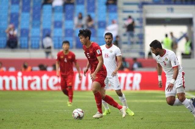 Đoàn Văn Hậu có tố chất phù hợp để thành công ở các giải bóng đá ngoại