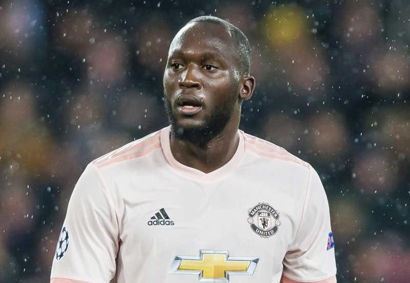 Lukaku chấn thương, Man United tiếp tục gặp vận hạn