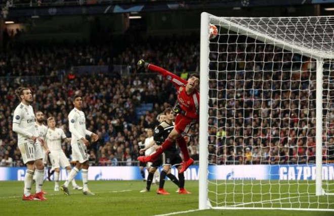 Vắng Ronaldo, Bale đã làm được gì?