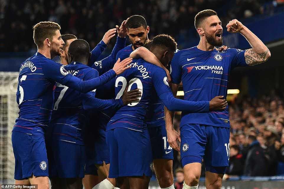 Thắng dễ dàng Brighton, Chelsea vươn lên thứ 5 trên BXH
