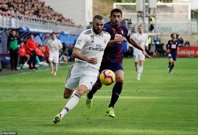 Benzema chưa đáp ứng được kỳ vọng khi vẫn bỏ lỡ nhiều cơ hội