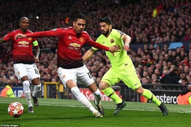 Barcelona đã thể hiện đẳng cấp và bản lĩnh cao hơn Man Utd ở trận lượt đi tại Old Trafford