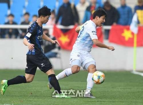Công Phượng sẽ có thầy mới và hi vọng lối chơi của Incheon sẽ phù hợp hơn để CP23 có thể phát huy khả năng