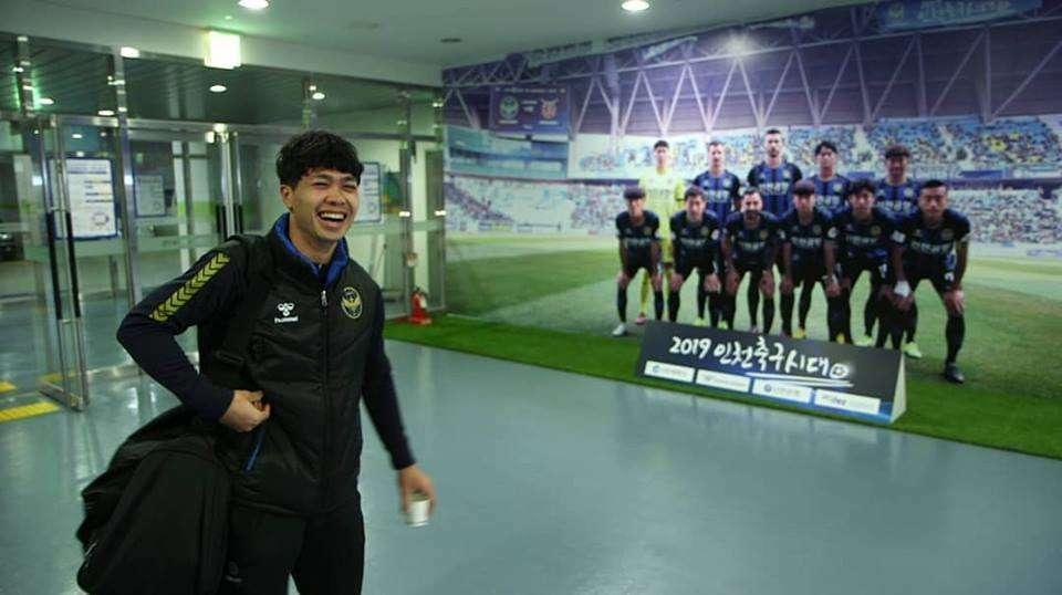 Thầy Park cũng dặn dò rất kỹ học trò cưng, phải tuyệt đối nghe lời HLV trưởng, làm theo mọi yêu cầu đề ra khi sang chơi bóng tại K-League
