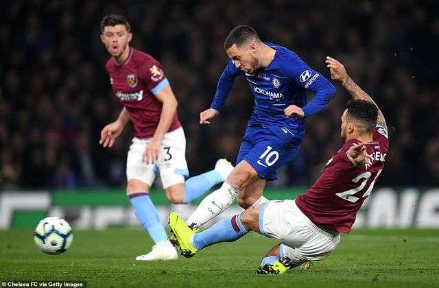 Hazard tiếp tục là ngòi nổ nguy hiểm của Chelsea