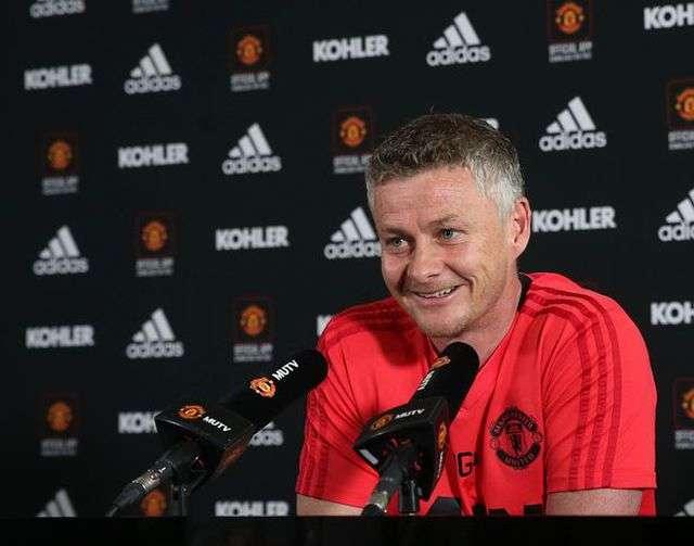 Solskjaer khẳng định Man Utd sẵn sàng cho trận derby Manchester