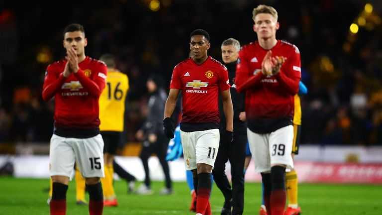 """Man United đã """"thua toàn tập"""" trước Everton như thế nào?"""