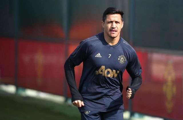 Sanchez trở lại tập nhưng vẫn chưa sẵn sàng thi đấu