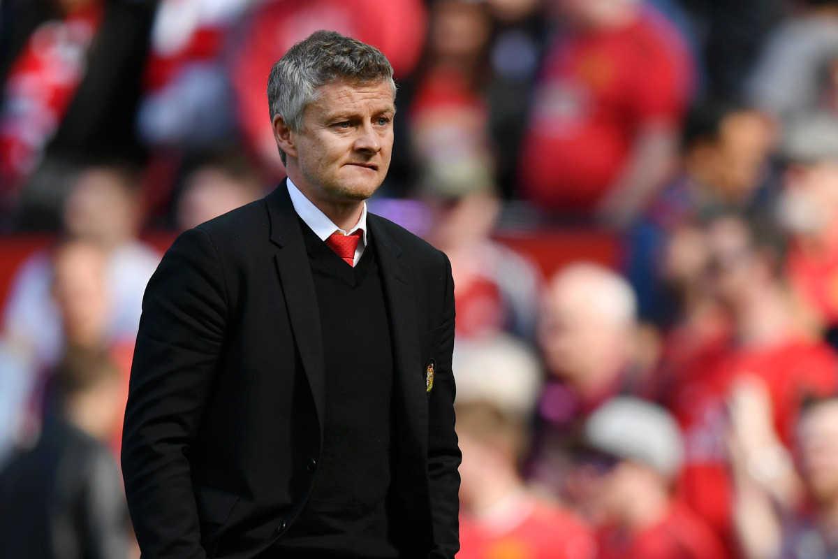 """HLV Solskjaer: """"Tôi sẽ bán nửa đội hình hiện tại của Man United"""""""