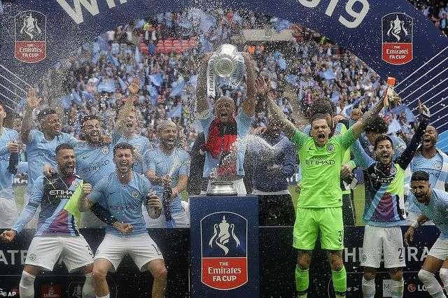 Chức vô địch FA Cup của Man City giúp MU hưởng lợi
