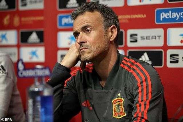HLV Enrique chia tay đội tuyển Tây Ban Nha sau gần 1 năm gắn bó