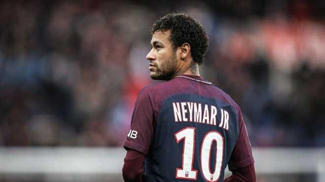 """Neymar bị chính phủ Brazil """"sờ gáy"""" vì tội trốn thuế"""