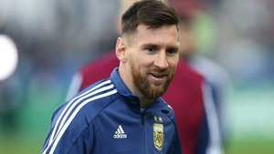 Messi chỉ bị phạt cảnh cáo khi đã chỉ trích Copa America 2019
