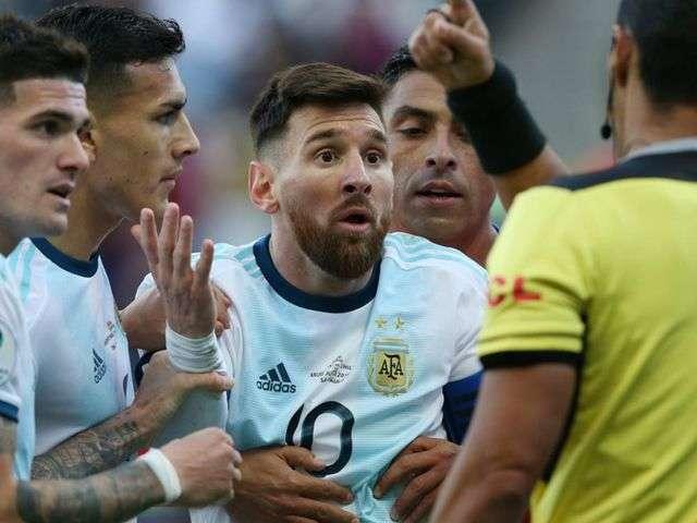 Messi chỉ phải nhận án phạt nhẹ vì những phát ngôn chỉ trích Copa America