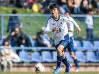 Takefusa Kubo khiến các đàn anh ở Real Madrid phải bái phục trong buổi tập