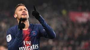 Neymar trở về PSG để đòi ra đi bằng được