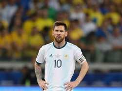 Messi từ chối nhận HCĐ Copa America 2019