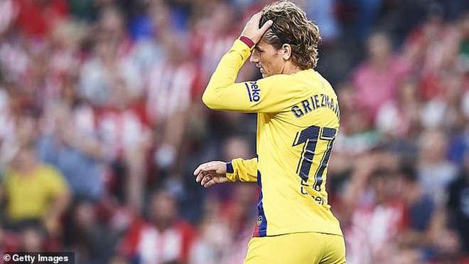 Griezmann mắc kẹt với số áo 17 tại Barca