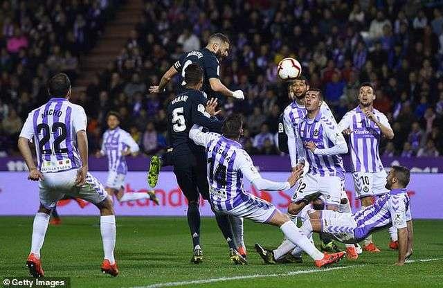 Benzema luôn biết cách tỏa sáng khi đối đầu Valladolid